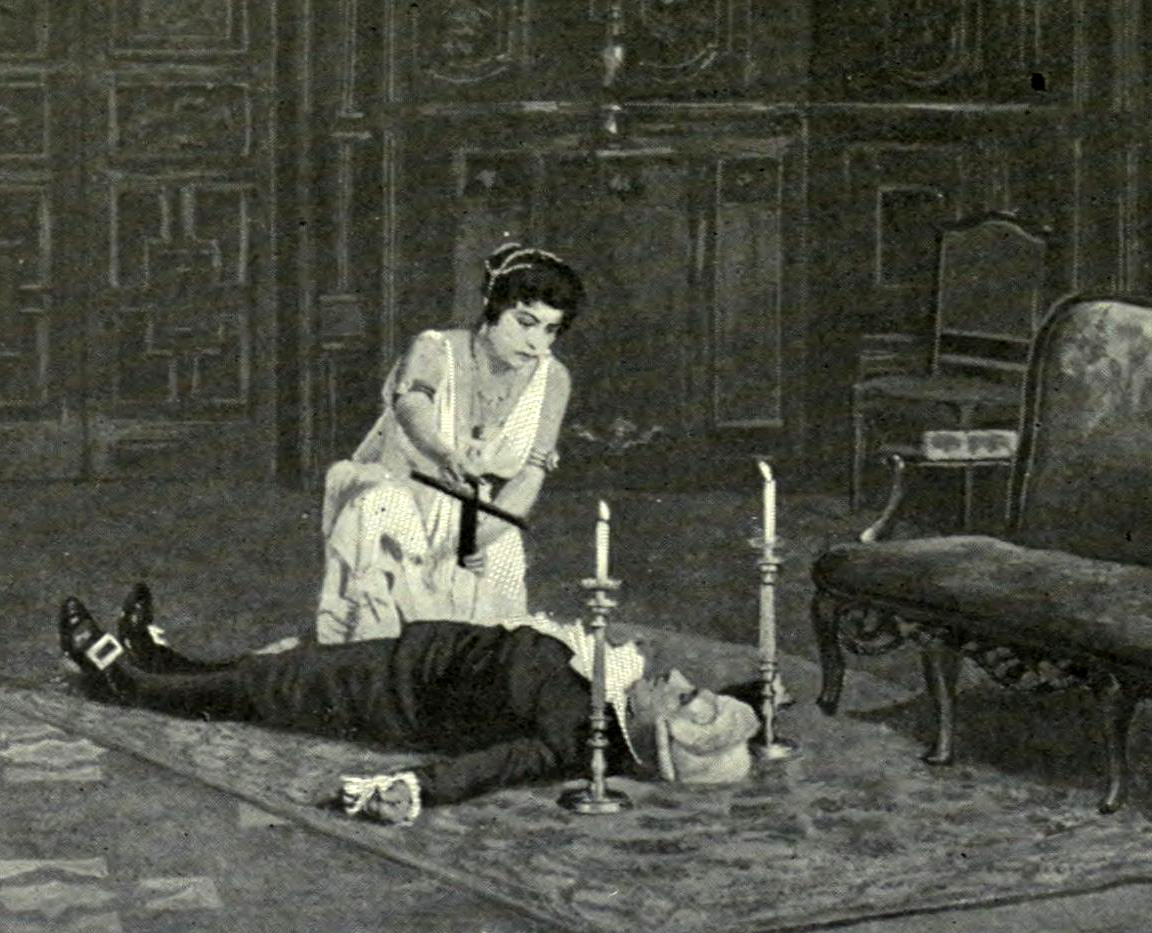 Photograph of a pre-1914 Tosca production at the old Metropolitan Opera House, New York