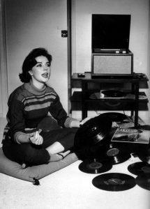 Natalie Wood (1938-1971) circa 1958, groovin' to her monaural LP rig