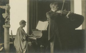 Clara Damrosch Mannes and her husband David Mannes performing together circa 1915