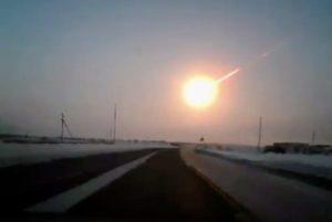 he Chelyabinsk meteor explodes
